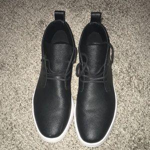 Calvin Klein 7.5 Chukka Shoes